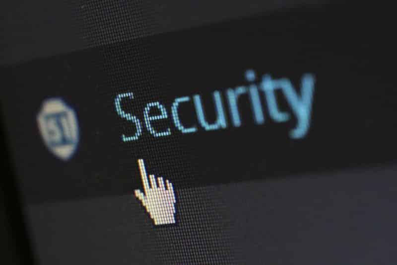 Vírus informático ataca o Facebook Messenger