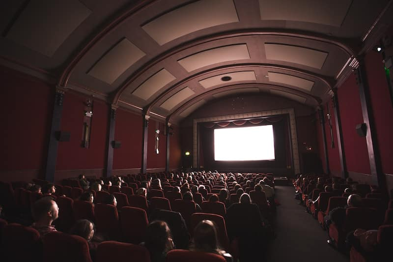 Novas salas de cinema no centro e sul do país