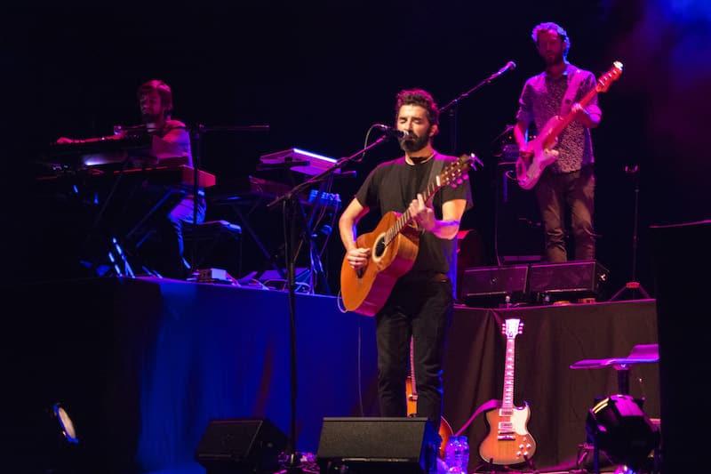 Teatro da Trindade canta em português em outubro