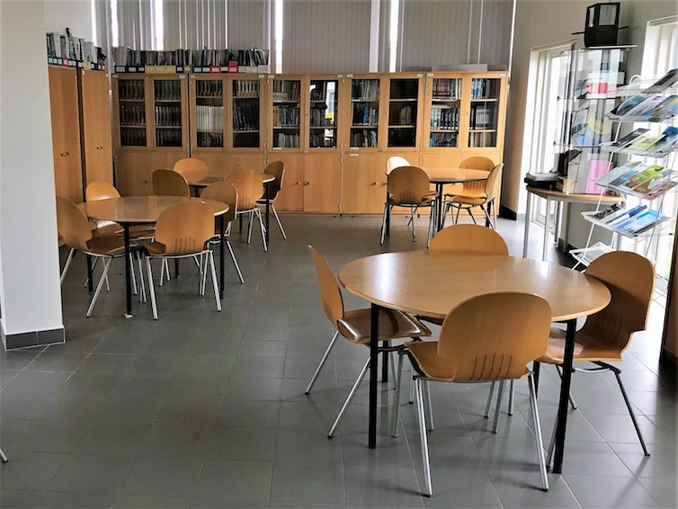 biblioteca- eteo