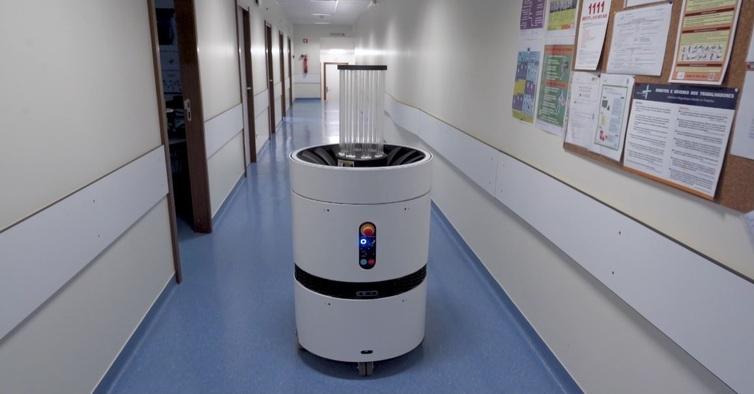 Follow Inspiration_UV Robot (1)
