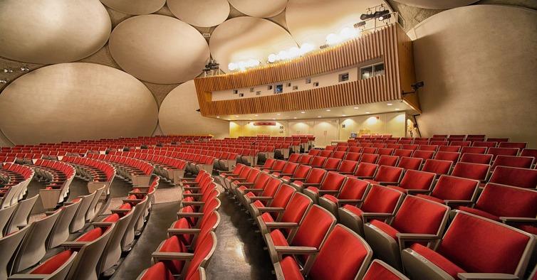 auditorium-103902_1920 (1)