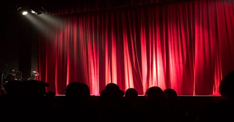 people-at-theater-713149